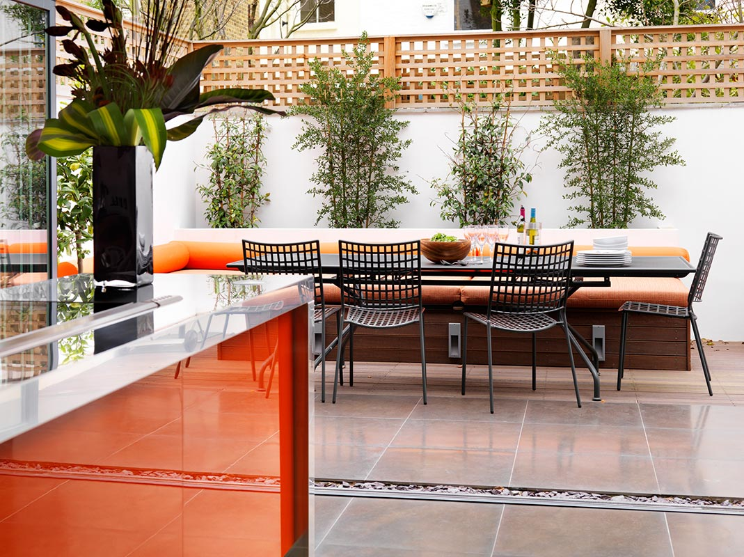 Ensoul Clapham Rear Extension Architect Kitchen Garden Outdoor Eating Built in Bench Planter Porcelain tile