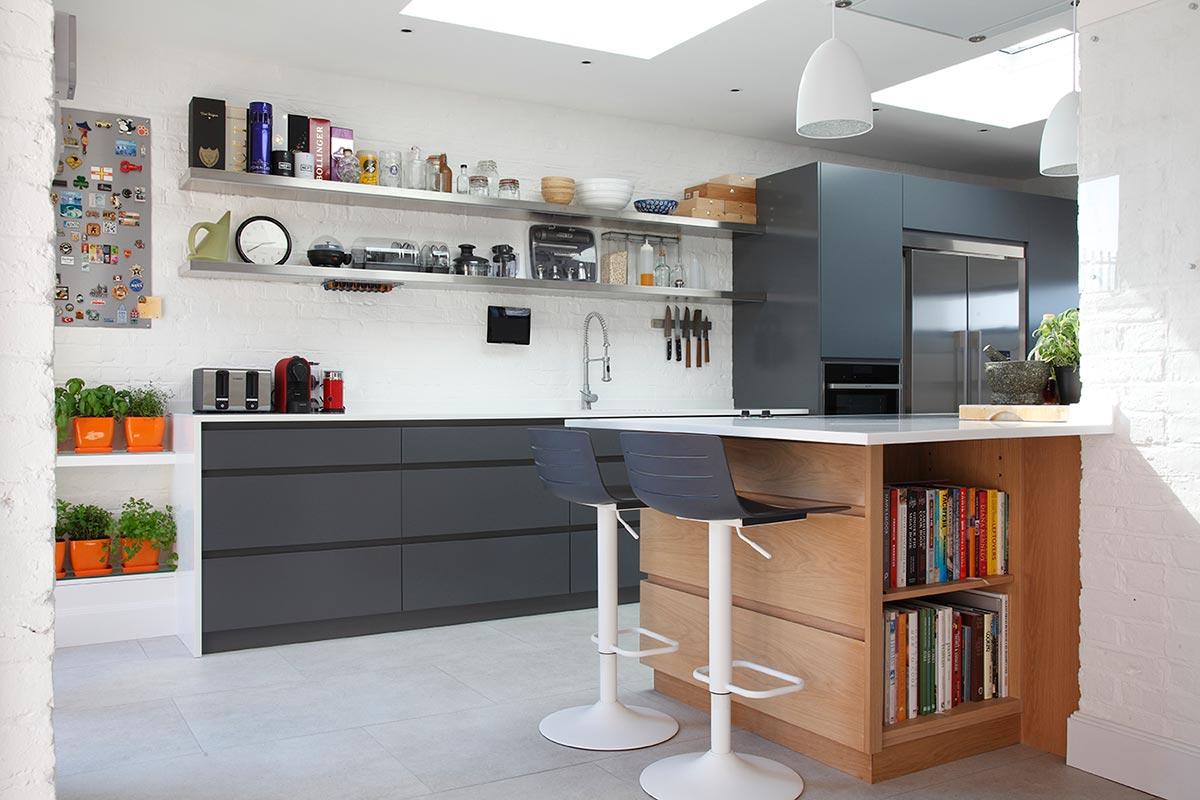 Ensoul PK LO Flat Apartment Bespoke Kitchen Anthracite Cabinetry Oak Island Breakfast bar