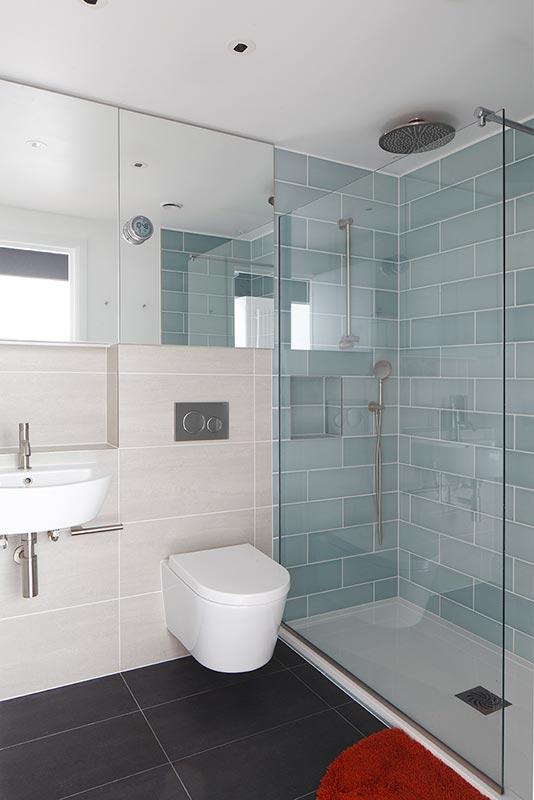 Ensoul PK LO Flat Apartment Guest Bathroom Shower