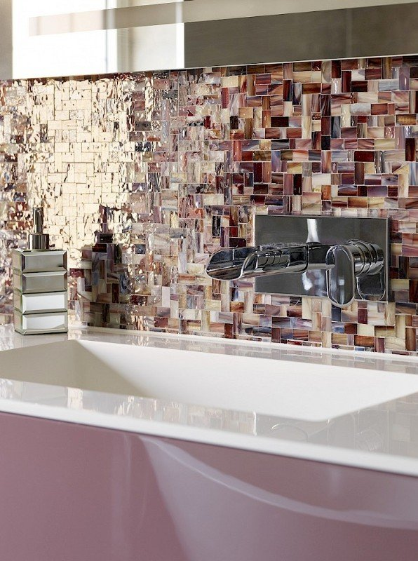 Master ensuite glass mosaic tiles and gloss lacquer vanity unit Pantone colour of the year 2018 Ultra-Violet inspiration