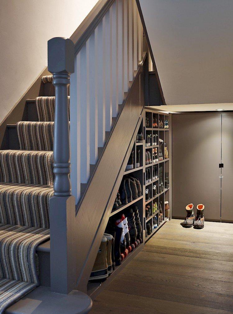 Shoe storage hallway