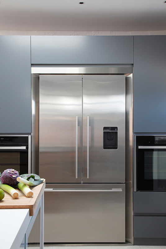By Ensoul PK LO Flat Flat Apartment Bespoke Kitchen Fisher Paykel Grey cabinets