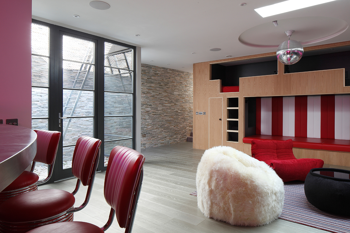 Ensoul under garden basement light-well bar bunk beds